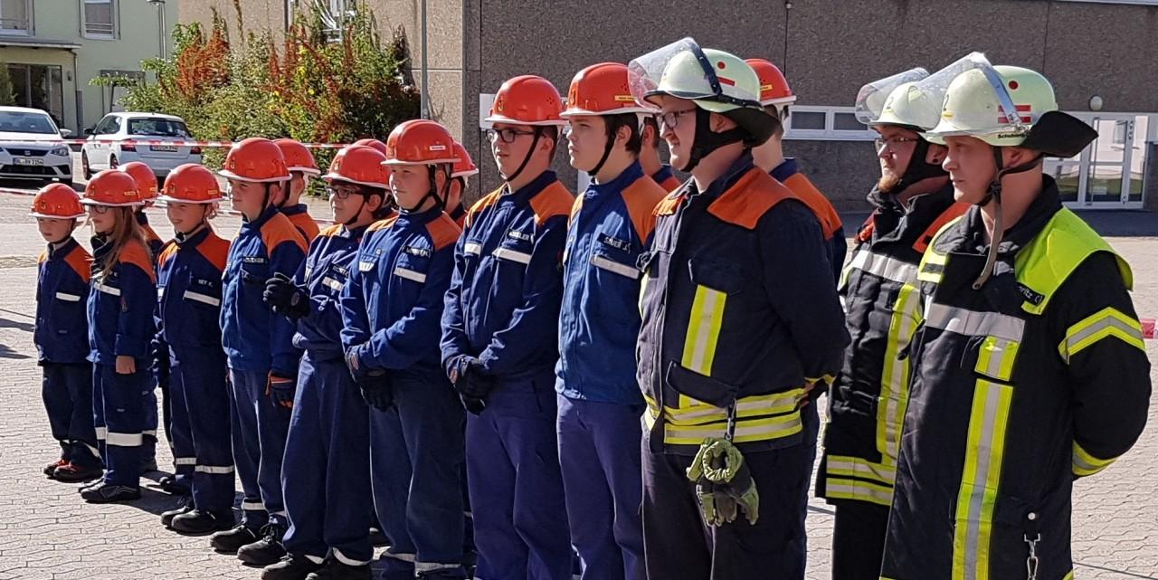 Übung der Jugendwehr an der Bachtalschule anlässlich der Tage der Feuerwehr im Löschbezirk Elm